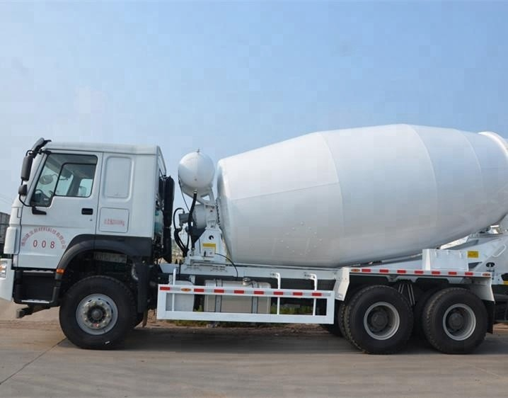 HOWO 6X4 9 M3 Concrete Construction Equipment Small Ready Mix Concrete Trucks